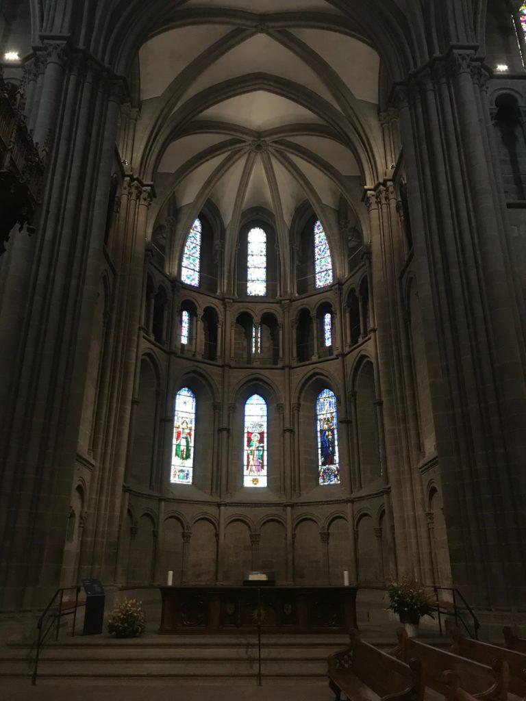 サン・ピエール大聖堂のステンドグラス
